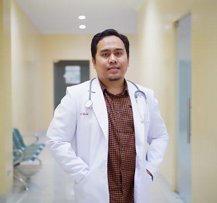 dr. Fahad Hasan, Sp.B